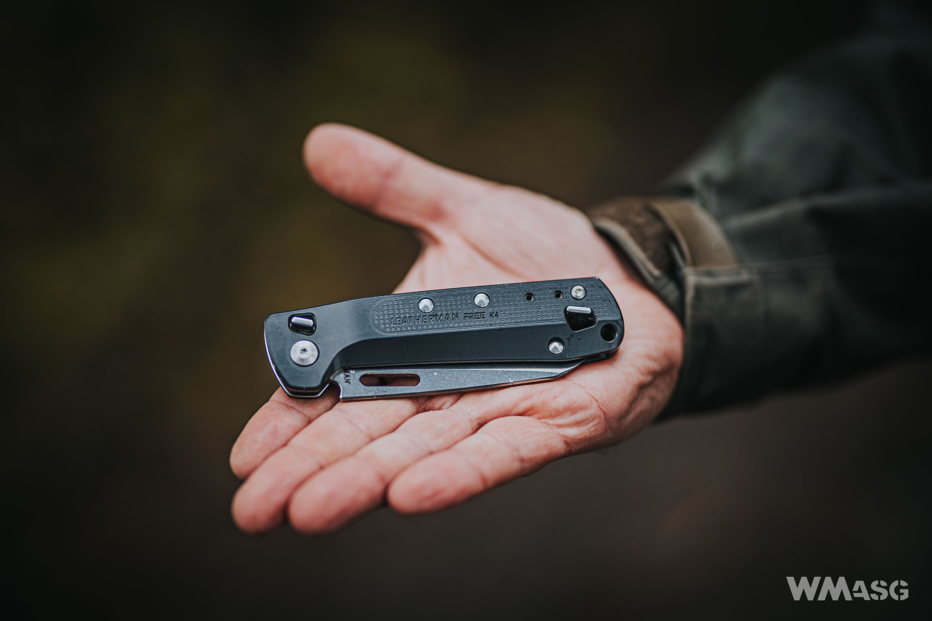 Get Leatherman Free K4 Review Background