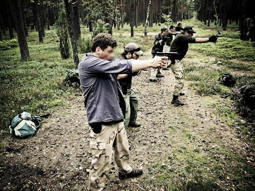 Połączenie zajęć kondycyjnych z treningiem strzeleckim